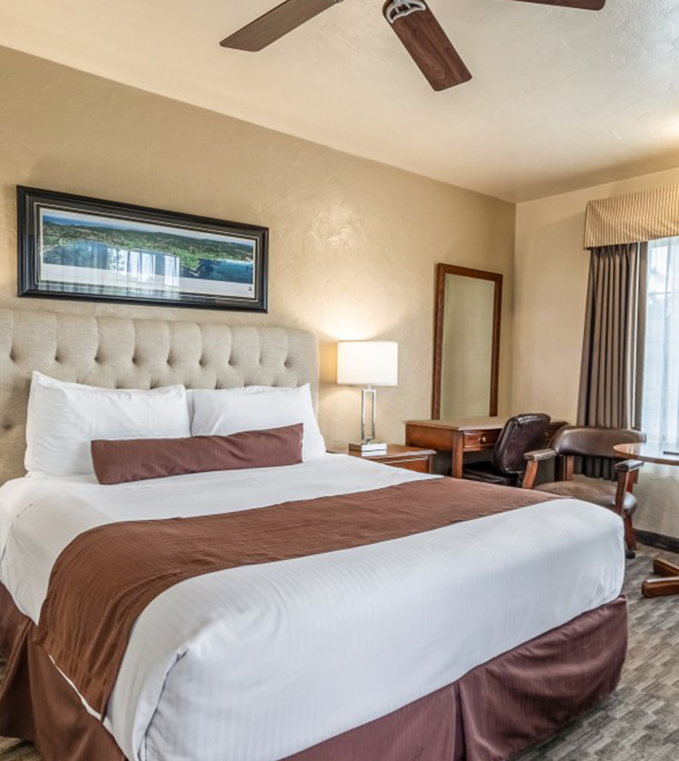 See videos of Lone Oak Lodge In Monterey