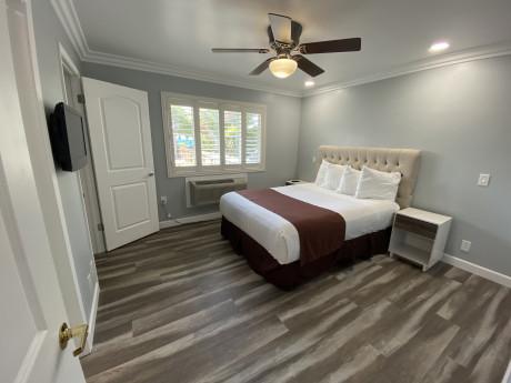 Lone Oak Lodge - Family Suite